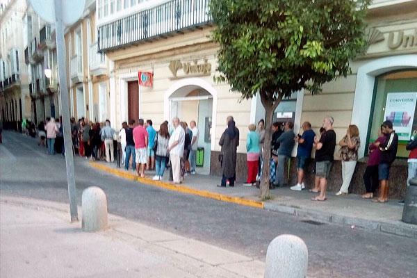 LA ENCUESTA DEL CONSEJO DE GESTORES REVELA QUE 480.000 TRABAJADORES AÚN NO HAN COBRADO EL ERTE