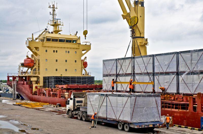 El colapso de los puertos se agrava y tendrá consecuencias económicas